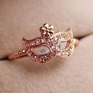 Masquerade Style Mask Rhinestone Ring